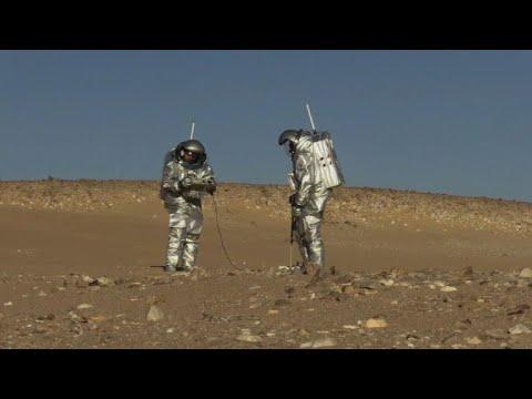 شاهد مشروع أوروبي لمحاكاة ظروف المريخ في صحراء عمان