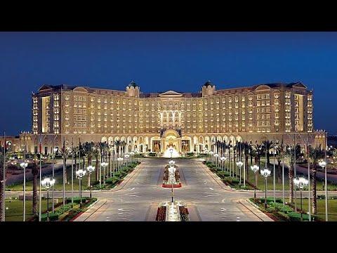 شاهد فندق ريتز كارلتون الرياض يعيد فتح أبوابه للنزلاء