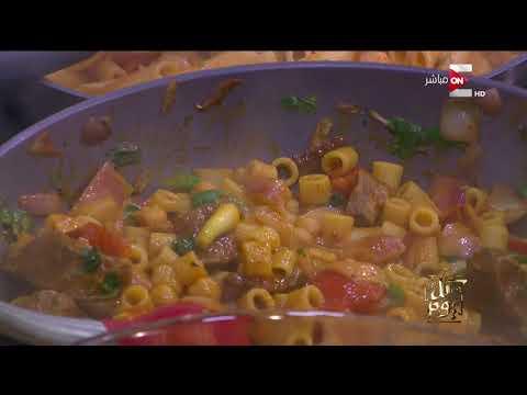 شاهد عمرو أديب يطبخ لأول مرة على الهواء مباشرة