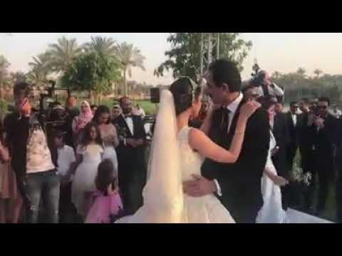 مجدي الجلاد يبكي في فرح ابنته سما على أغنية بنتي وحبيبتي