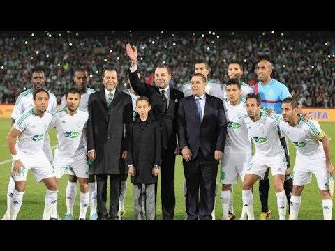 شاهد الملك محمد السادس يفاجئ لاعبي الرجاء بعد مباراة زاناكو