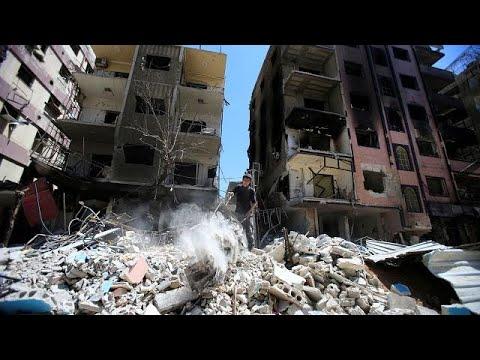 شاهد 20 قتيلًا في قصف مخيّم اليرموك للاجئين الفلسطينيين