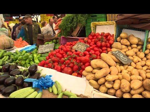 شاهدالتضخم وغلاء الأسعار يفسدان على التونسيين فرحة رمضان