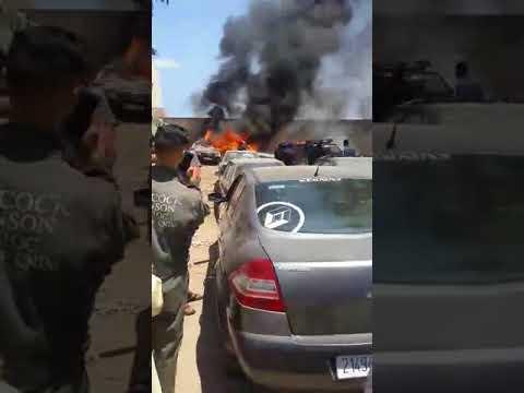 اندلاع حريق هائل داخل باركينغ للسيارات في الدار البيضاء