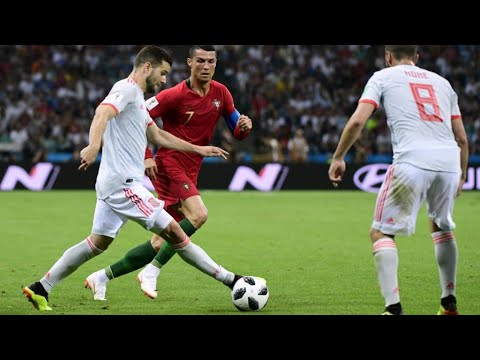 شاهد المنتخب البرتغالي يتعادل مع نظيره الإسباني بثلاثية لرونالدو