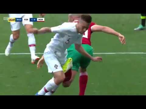 شاهد  ضربات الجزاء التي حُرم منها المغرب أمام البرتغال