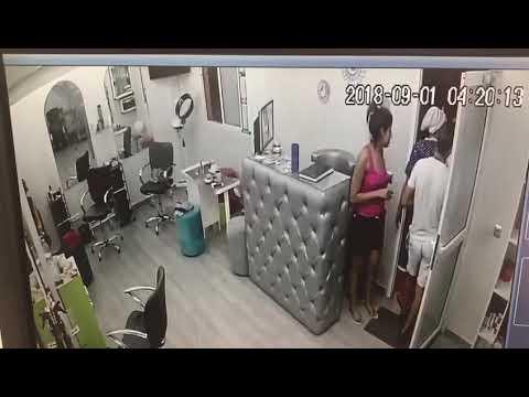 شاهدهجوم 3 شباب على صالون تجميل نسائي في مراكش