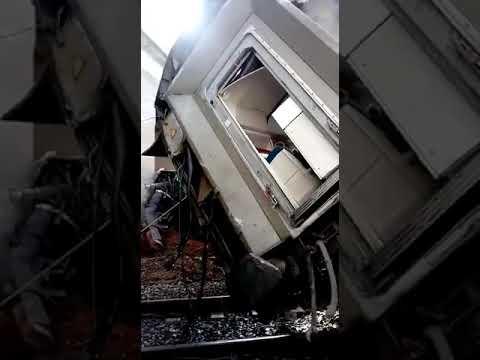 شاهد انقلاب قطار بين الرباط والقنيطرة في سيدي بو القنادل