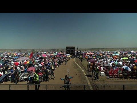 شاهد  أكبر صلاة جماعية في جنوب أفريقيا