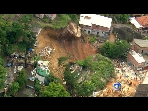 مقتل عشرة أشخاص على الأقل  إثر انهيار أرضي في البرازيل