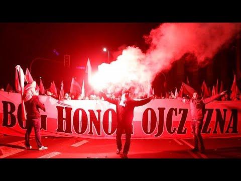 اليمين المتطرف يتصدّر مسيرة احتفال بولندا بمائة عام على استقلال البلاد