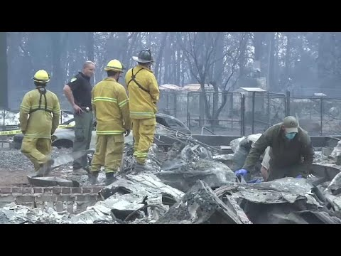 شاهد الحرائق تشتعل في كاليفورنيا و 228 في عداد المفقودين
