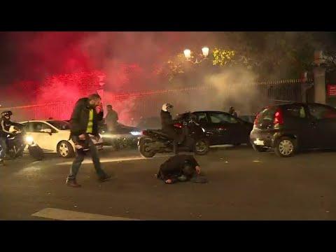 شاهد قتيل ومئات الجرحى خلال احتجاجات السترات الصفراء في فرنسا