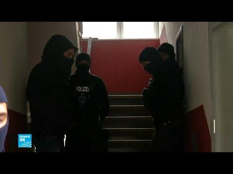 توقيف 3 سوريين في ألمانيا وفرنسا يشتبه بارتكابهم جرائم ضد الإنسانية