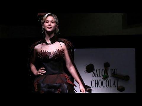 شاهد  أثواب من الحلوى لعشاق الأزياء والشوكولاتة في بلجيكا