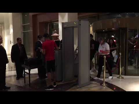 شاهد دخول لاعبي المنتخب المغربي لفندق الإقامة في مصر