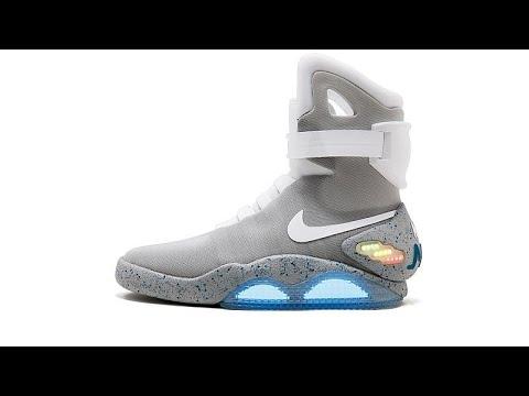 أحذية رياضية نادرة للبيع بعشرات آلاف الدولارات