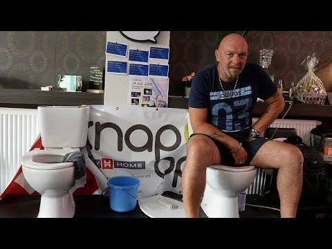 بلجيكي يجلس على المرحاض لخمسة أيام متواصلة
