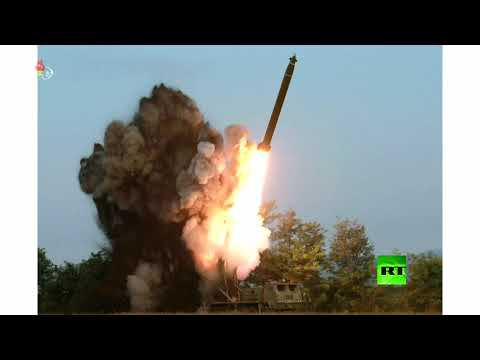 شاهد كيم جونغ أون يشرف على اختبار راجمة صواريخ عملاقة متعددة الفوهات
