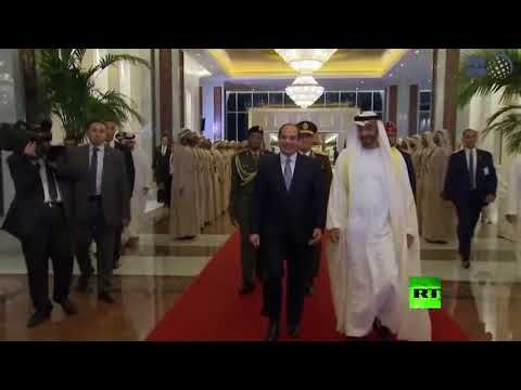 شاهد ولي عهد أبوظبي محمد بن زايد آل نهيان يستقبل الرئيس المصري
