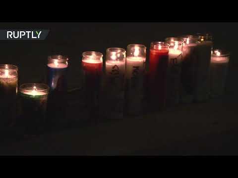 شاهد معجبو كوبي براينت يوقدون الشموع خارج ملعب أنجلوس ليكرز