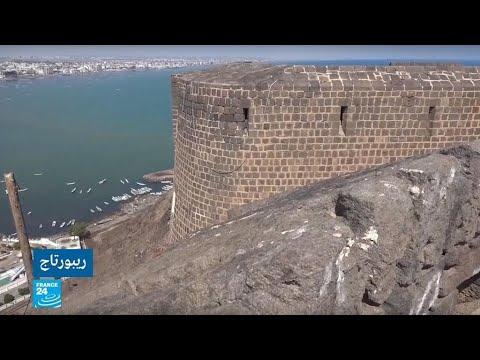 شاهد قلعة صيرة أبرز المواقع الأثرية في عدن مهددة بالانهيار