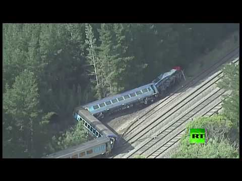شاهد خروج قطار عن مساره في أستراليا