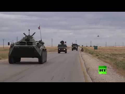 شاهد قافلة عسكرية روسية تسير من القامشلي باتجاه عين عيسى عبر الطريق إم 4