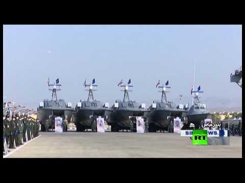شاهد الحرس الثوري الإيراني يتسلم 112 زورقًا حربيًا جديدًا