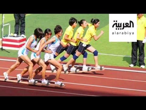 شاهد الركض بألواح خشبية سباق غريب من نوعه