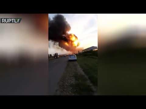 شاهد لحظة انفجار في محطة وقود في إقليم كراسنوار الروسي