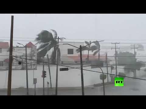 شاهد إعصار دلتا يظهر في خليج المكسيك ويتجه نحو لويزيانا الأميركية