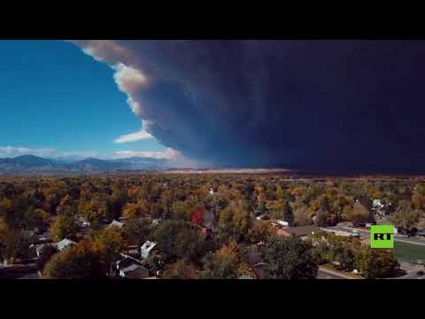 شاهد لقطات غير مسبوقة لجدار من الدخان يتصاعد فوق  كولورادو الأميركية