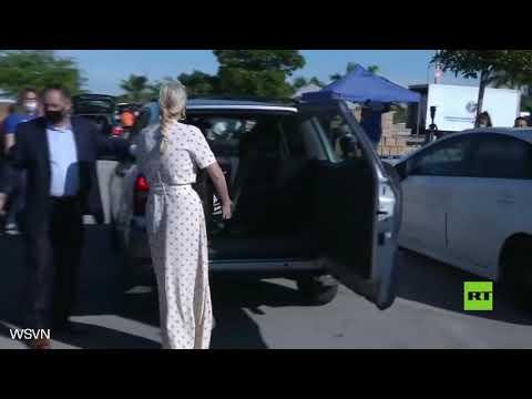 إيفانكا ترامب تشارك في توزيع المواد الغذائية في جنوب فلوريدا
