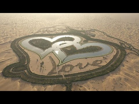 جمال طبيعي ومواقع فريدة من صنع الإنسان في صحراء دبي